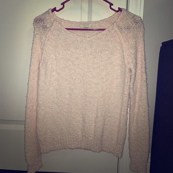 Light pink sweater